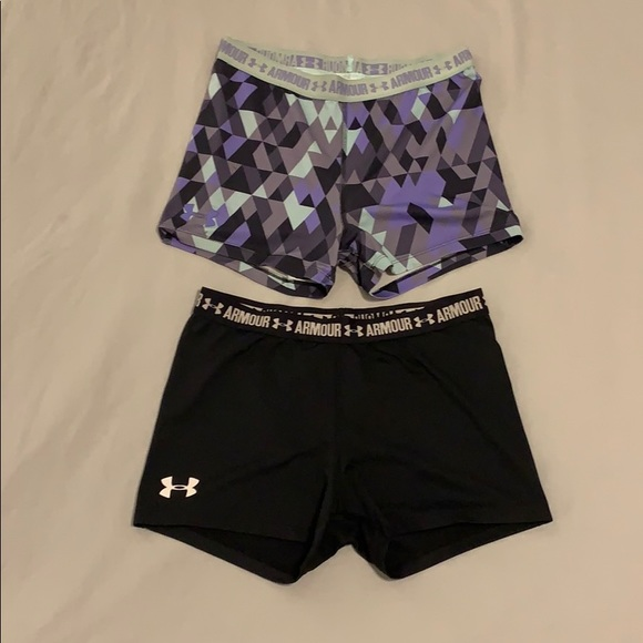 Under Armour Pants - Under Armour spandex shorts